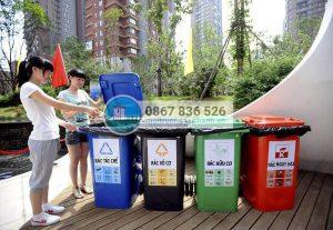Phân loại rác sinh hoạt