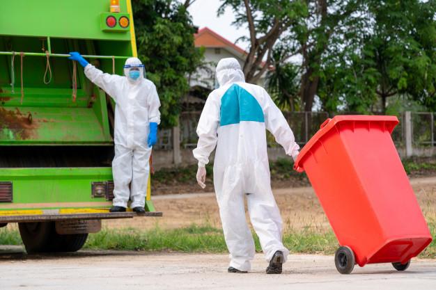 Thu gom rác thải sinh hoạt